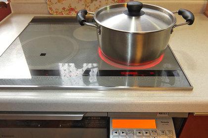 料理アプリ対応のIHクッキングヒーター