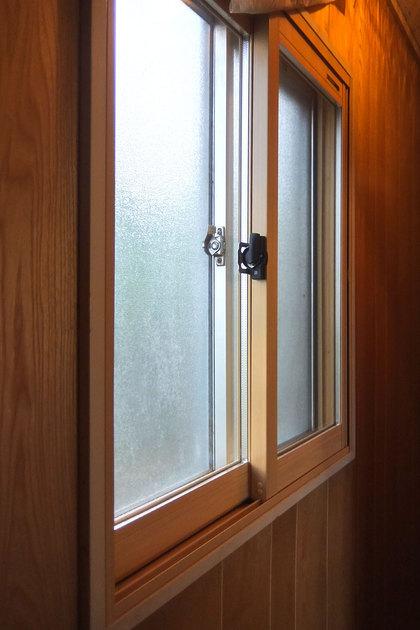 廊下の内窓